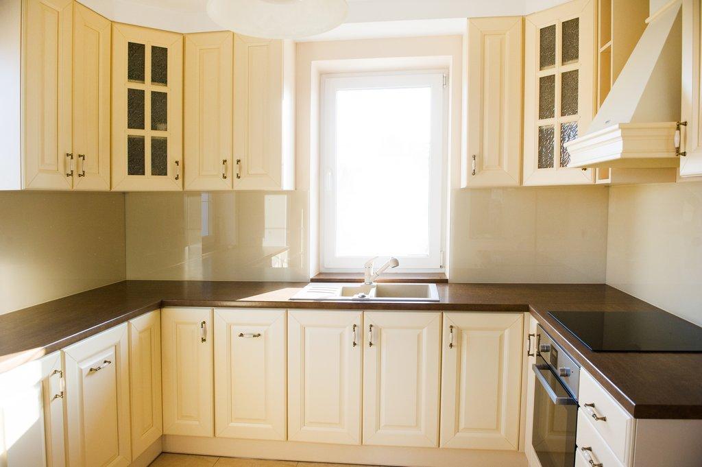 Dom w Rzeszowie os Budziwój » Meble kuchenne, meble na   -> Kuchnia Meble Glogów